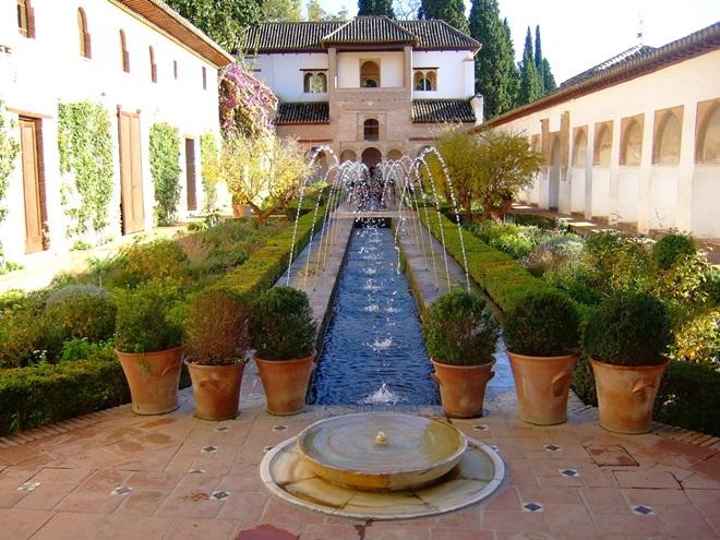 Federico Garcia Lorca y Granada en Agosto @travelsadaptado