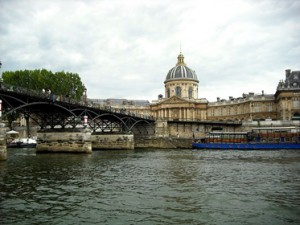 paris-352836_640
