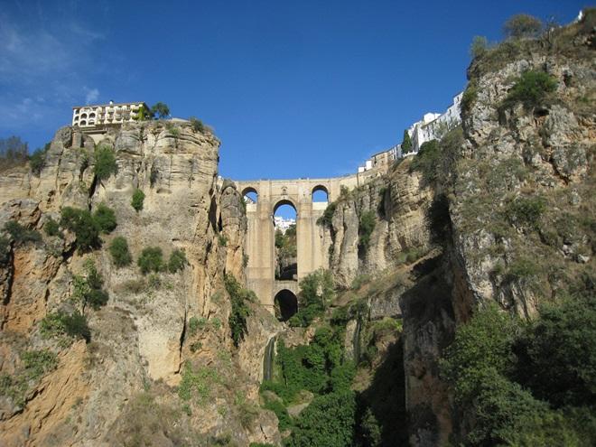 Ronda Romántica y viva: Un viaje sensorial por la España Antigua @travelsadaptado