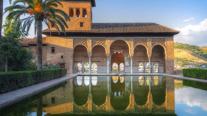Visitas guiada a La Alhambra de Granada para todos @travelsadaptado
